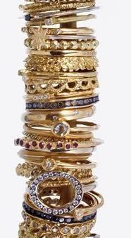 gold rings <3