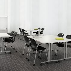 EVERYWHERE TABLE - HERMAN MILLER - http://www.hermanmiller.com/products/workspaces/collaborative-furniture/everywhere-tables.html