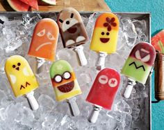 Oh I want this Zoku Quick Pop badly! Does this thing actually make popsicles that look THIS CUTE?!