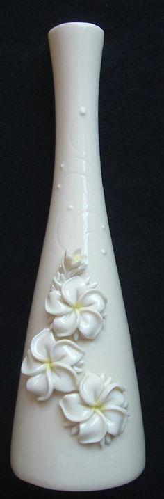 07  Dorothy  Okumoto  Porcelain  Hawaii  ~~~  Plumeria  BV4