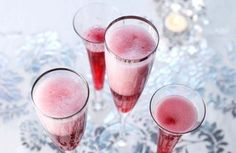 Cranberry juice and bubbly, lovely refreshing Christmas drink