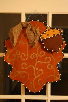 Fall door hanging. Or even a turkey for thanksgiving.