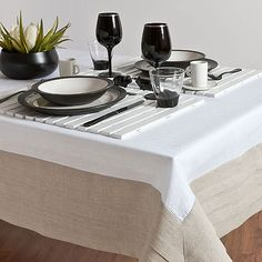 #tablecloth #wood #placemat