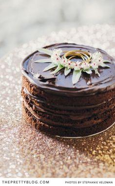 Decadent chocolate cake for Easter | Conceptualisation & Coordination: BonTon Events, Photographer: Stephanie Veldman, Cake: Le Petit Four, Styling, flowers and decor by Okasie: Okasie