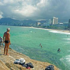 Arpoador, Rio de Janeiro, Brazil >>> I'm loving the snow now but I gotta admit, this looks really nice too!
