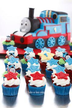 Thomas mini cupcakes