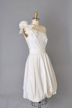 One shoulder dress. Via Little Annie Vintage (Etsy)