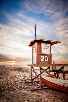 sunrise, Lifeguard Tower 20, Newport Beach, CA | Paul Velgos Photography