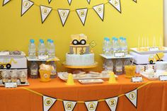 Link to Dozens of construction bday parties