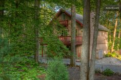 Pretty home in the Poconos that might work for an extended family trip.