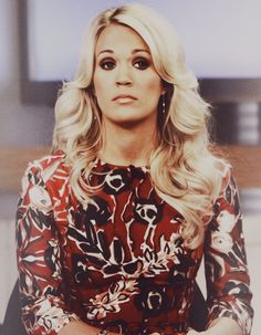 Carrie Underwood; epic bitchy resting face! Love.