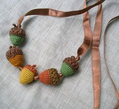 acorn necklace---or toss several in a rustic ceramic bowl