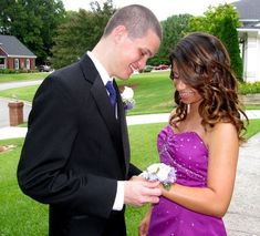 Wrist Corsage how to