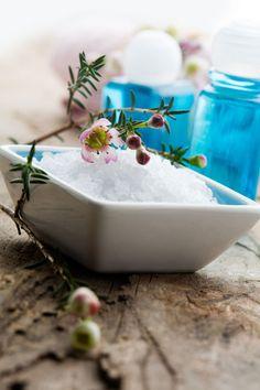 Herbal Bath Salt Blends #DIY #gift #home_spa #natural_beauty