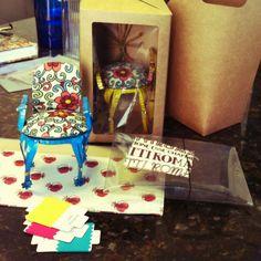 Brainstorm para a nossa Minicoleção Reflexo   Objetos: Embalagem a partir da garrafa pet, mini poltrona conceito   Cadeira, mini, reciclada, lata de molho de tomate, pet