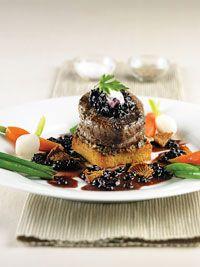 August 1/2012: Filet mignon with Port Sauce & WIld Blueberries