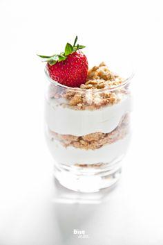 ricOtta cheesecake with strawberries