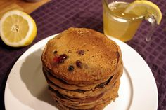 Bite Me (I'm Vegan) : Blueberry Gingerbread Pancakes with Lemon Sauce