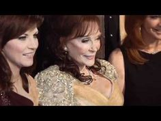 ▶ GRAMMY Salute to Country Music honoring Loretta Lynn presented by MasterCard - YouTube