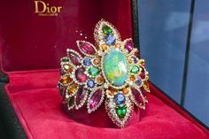 Bracelet Dentelle Opale d'Orient, collection Dear Dior