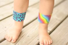 {Duct Tape Cuff Bracelets} This is SO simple & my girls will love it... can't wait