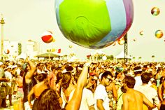 Hangout Music Festival: It's a laid-back and beachy spring music festival on the Gulf of Mexico.