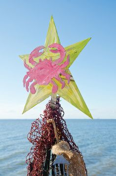 crab shack, tree toppers