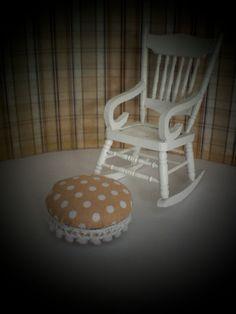 Mini - for my dollshouse reno