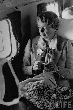 Eleanor Roosevelt with dpn's on a plane