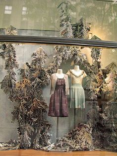 swags #Anthropologie, #window_display, #installation, #paper