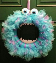 this would be cute with out the eyes and mouth..maybe a little different