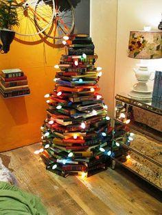 christmas tree of books