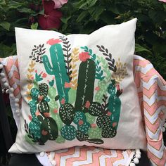 Cactus cover pillow
