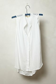 Crosstown Buttondown #anthropologie, really beautiful. I think it would be a really great staple