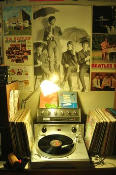 """That's a Crown amp and pre-amp in hiding. The posters scream """"Chic"""" but the hardware whispers """"Dude!"""""""
