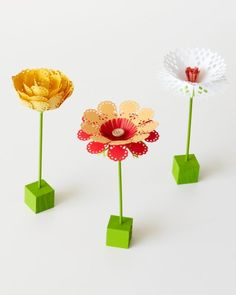How does your garden grow? Maybe with some card stock and punched paper petals made with #marthastewartcrafts Circle Edge Punch? Learn how versatile this tool can be on HSN this Wednesday, May 14th!