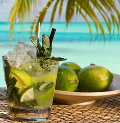 Mojitos ~ how good does this look!