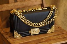 black & gold #chanel