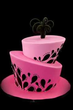 Glamour Pink and Black Topsy Turvy Cake