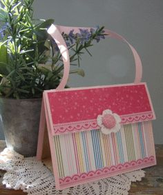 Paper sack purses. Make your own party favor bag. Girls party.