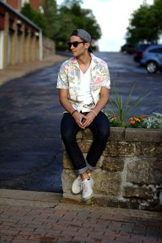 There are a select few who can pull off a printed shirt | L.E.C.