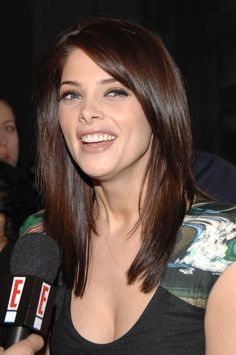 hair cut Ashley Greene