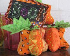 Pretty Pumpkin Pincushion | Free Quilt Tutorial | FaveQuilts.com