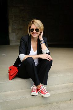 red converse outfit, fashion, blazer, girls wearing converse, white shirts, short styles, red sneakers outfit, black, bags