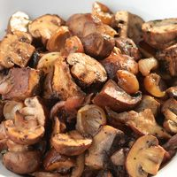 roasted mushrooms and balsamic onions