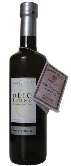 Olio Flaminio Non Filtrato: l'olio così come esce dal frantoio, per esaltarne al massimo le caratteristiche di sapore e profumi e per conservarne intatte tutte le ricchezze naturali.