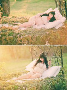 Enchanted maternity shoot  Photography by Three Nails Photography
