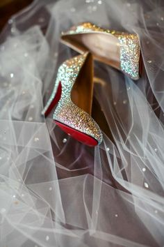 Glittering gold Louboutins: http://www.stylemepretty.com/michigan-weddings/2014/05/09/traditional-elegance-at-the-royal-park-hotel/   Photography: The Shooting Gallery - http://theshootinggallery.com/