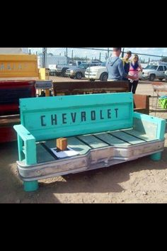 "Cool way to ""tail gate"""
