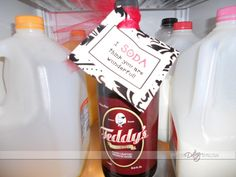 Cute ideas to show your husband you love him and are thinking of him!